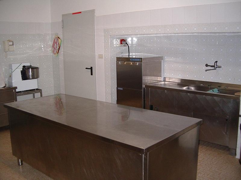 Piastrelle cucina bianche simple affordable elementi componibili cucine ikea cucina bianca with - Piastrelle cucina bianche ...
